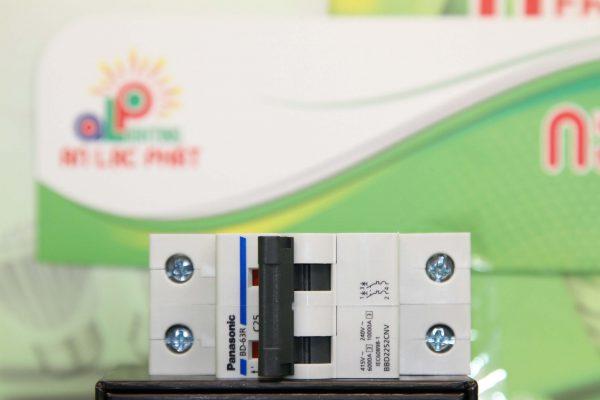 11 loại MCB Panasonic 2 pha được ưa chuộng
