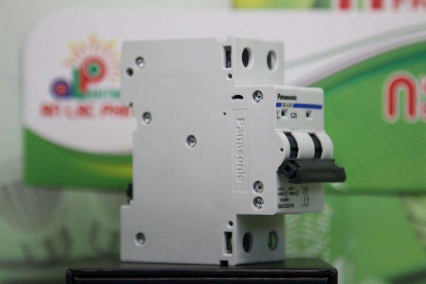 MCB Panasonic 2 pha có 11 loại khác nhau