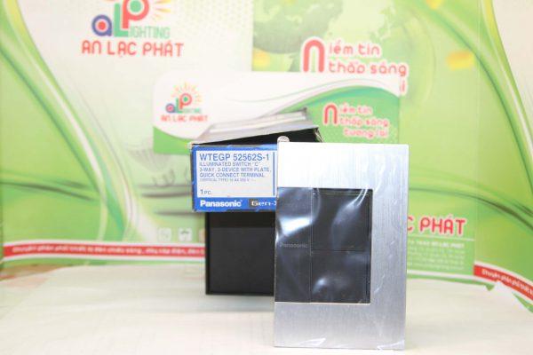 Bộ 2 công tắc có đèn báo WTEGP52562S - 1 - G của hãng Panasonic