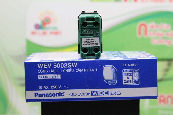 Công tắc 2 chiều Panasonic WEV5002SW-WEV5002-7SW cắm nhanh