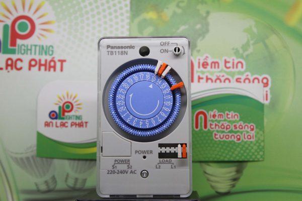 Công tắc đồng hồ Panasonic TB118 có 6 chế độ cài giờ thông minh