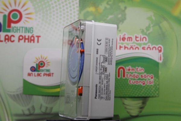 Công tắc đồng hồ Panasonic TB118 có 6 chế độ cài giờ