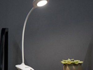 Đèn bàn Led Panasonic HH-LT023219 ánh sáng tự nhiên