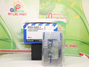 Mặt nạ dùng cho 3 thiết bị Panasonic WEG6503-1 bền bỉ
